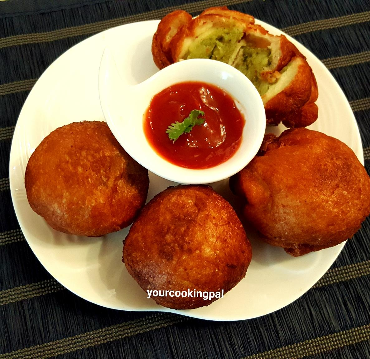 Bread Roll with Potato Filling
