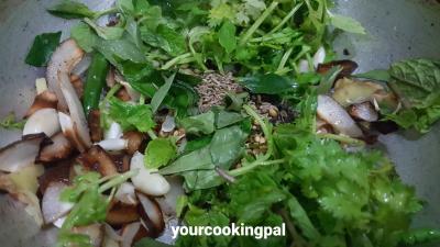 misal Pav green peas 0003